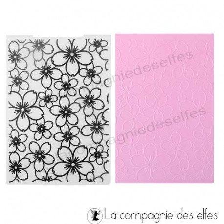 carte tons bleus 3/3 Plaque-embossage-fleurs