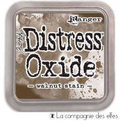 Distress pad encre oxide walnut stain
