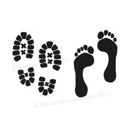 traces de pieds et chaussures nm